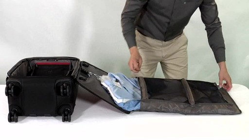 Victorinox WT 4.0 Dual-Casters Suiter - image 8 from the video
