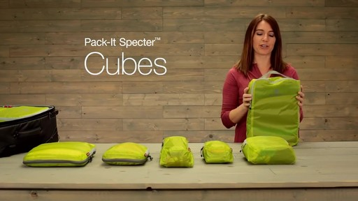 Eagle Creek Pack-It Original 2-Piece Compression Cube Set - image 1 from the video