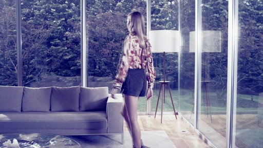 Vince Camuto - image 4 from the video