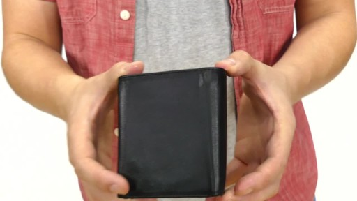 Suvelle Trifold Mens Genuine Leather Slim RFID Wallet - image 4 from the video