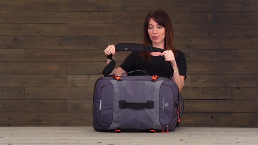 Eagle Creek Expanse Hauler Duffel - image 2 from the video