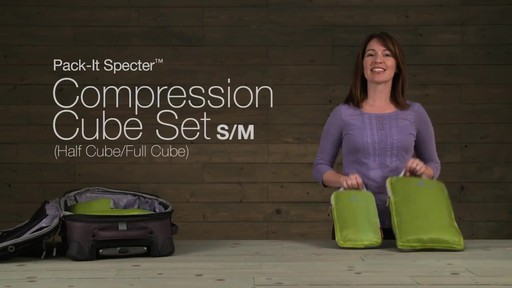 Eagle Creek Pack-It Specter 2-Piece Compression Cube Set - image 1 from the video