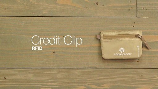 Eagle Creek Credit Clip RFID - image 10 from the video