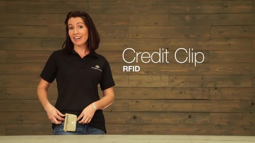 Eagle Creek Credit Clip RFID - image 2 from the video