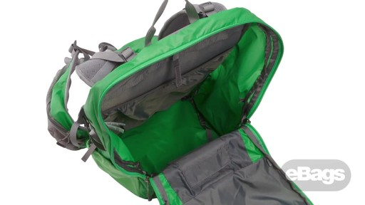The North Face Casimir 32 - image 10 from the video