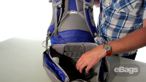 The North Face Casimir 32 - image 4 from the video
