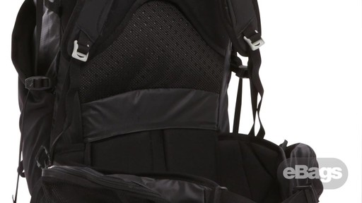 The North Face Casimir 32 - image 7 from the video
