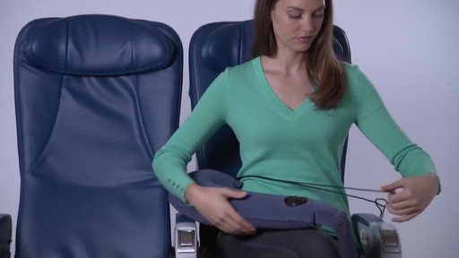 Travelrest Ultimate Travel Pillow - image 5 from the video