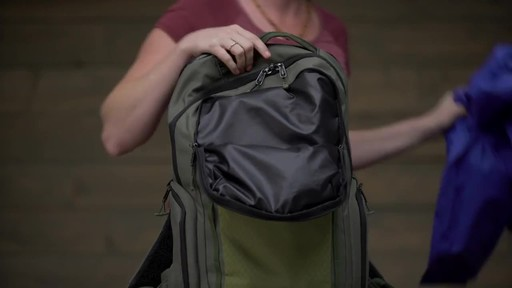 Wayfinder Backpack 40L - image 7 from the video