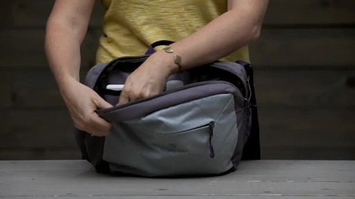 Eagle Creek Wayfinder Crossbody - image 3 from the video