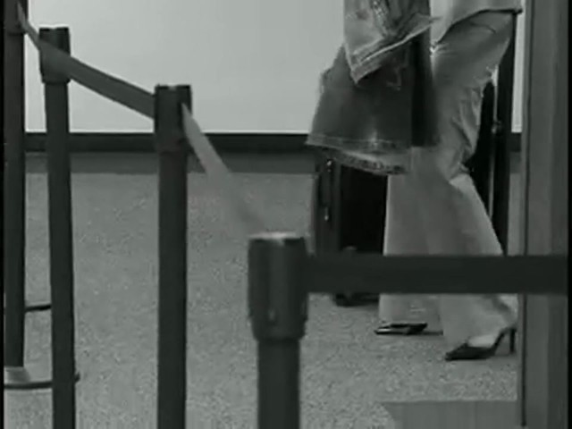 American Flyer Quatro Luggage - image 1 from the video