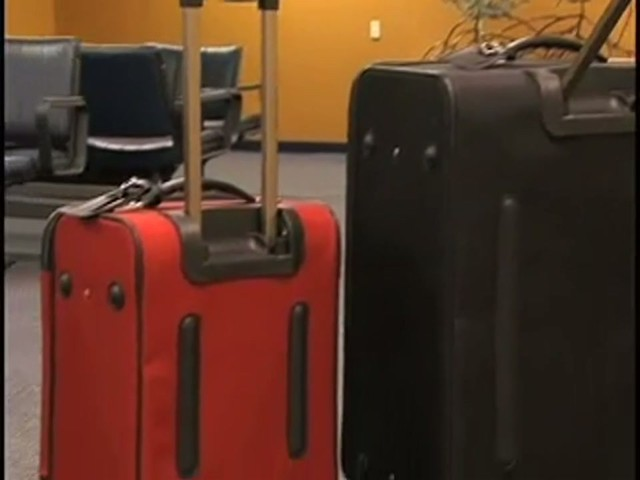 American Flyer Quatro Luggage - image 2 from the video