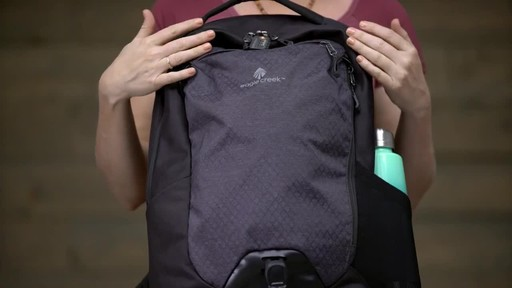 Eagle Creek Wayfinder Backpack 30L - image 10 from the video