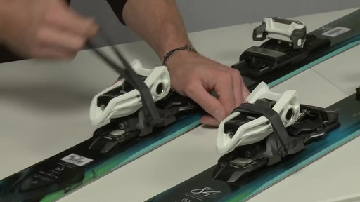 Sportube Series 2 Ski Case Instructional Video - eBags.com - image 2 from the video