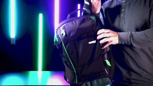 Samsonite Remagg Hustle Backpack - image 9 from the video