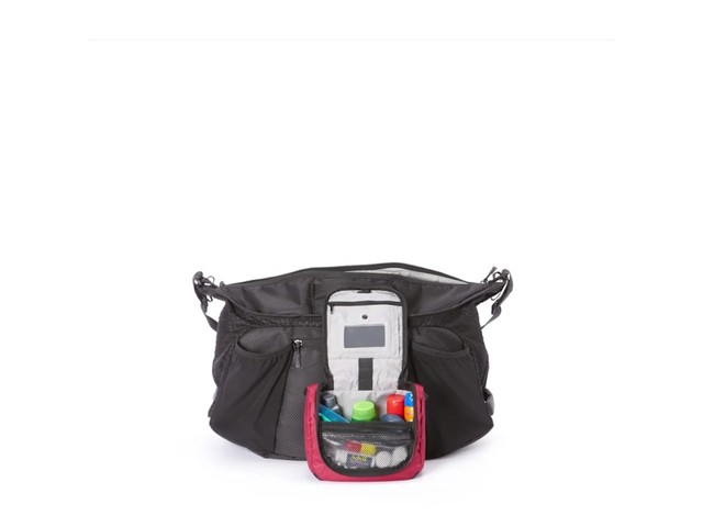 Apera Sport Duffel - Exclusive - image 5 from the video