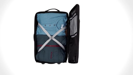 Columbia Luggage Northern Range Zip-Off Duffels - image 6 from the video