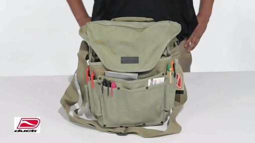 Ducti Bunker Messenger Bag - image 9 from the video