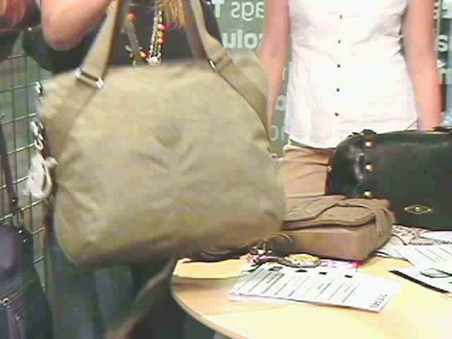 Fall 2010 Designer Handbag Trends 187 Ebags Video