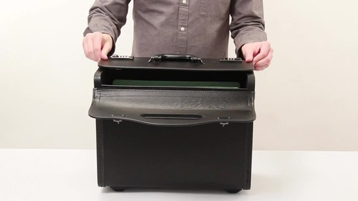 SOLO Classic Rolling Catalog Case, Black with dual combination locks - image 8 from the video