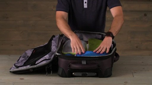 Eagle Creek Pack-It Specter™ Half Cube Set - image 9 from the video