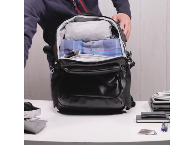 Speck Business Laptop Backpack - image 3 from the video