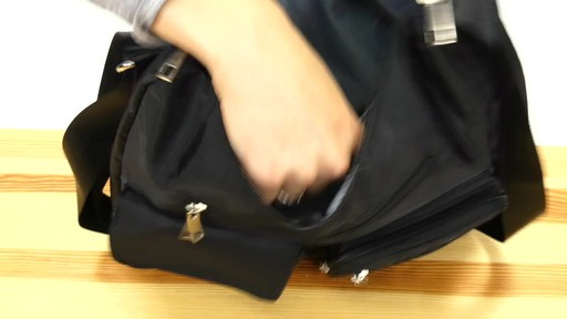 Suvelle Carryall RFID Travel Everyday Shoulder Bag - image 8 from the video