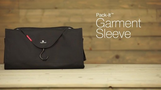 Eagle Creek Pack-It Garment Sleeve - image 10 from the video