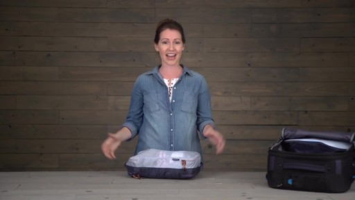 Eagle Creek Pack-It Specter Tech Clean/Dirty Cube - image 10 from the video