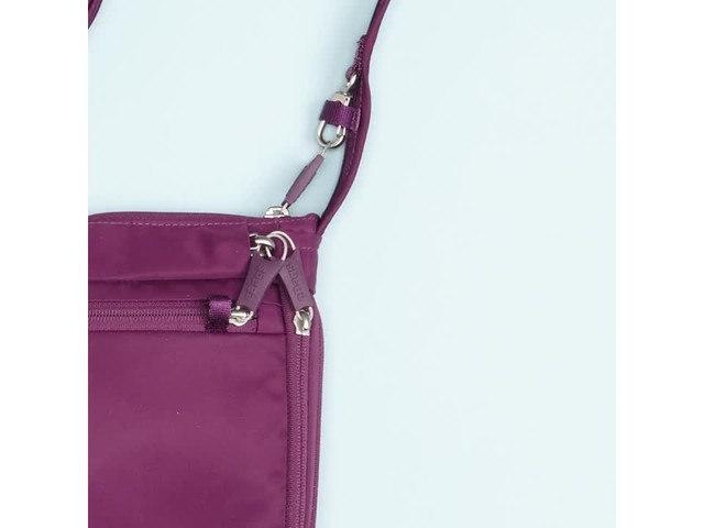 eBags Anti-Theft Crossbody - image 7 from the video