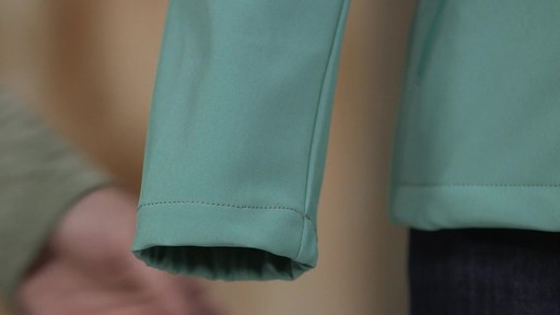 Patagonia Womens Sidesend Jacket - image 8 from the video