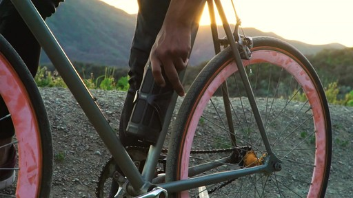 TRAKK Activ Weatherproof 16w Bike Speaker & Power Bank - image 8 from the video