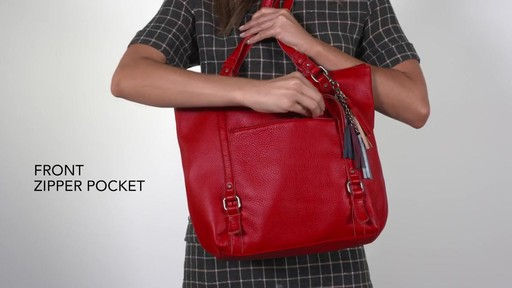 The Sak Palermo Tote - image 3 from the video