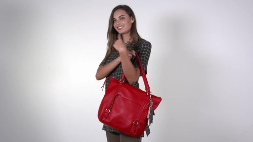 The Sak Palermo Tote - image 9 from the video