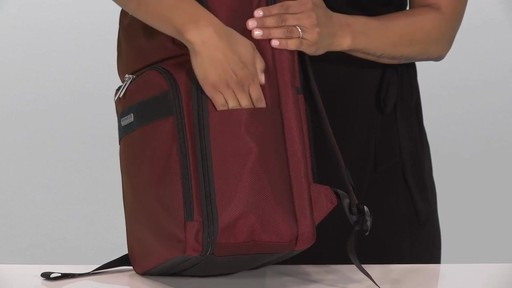 Briggs & Riley Transcend VX Cargo Laptop Backpack - image 4 from the video