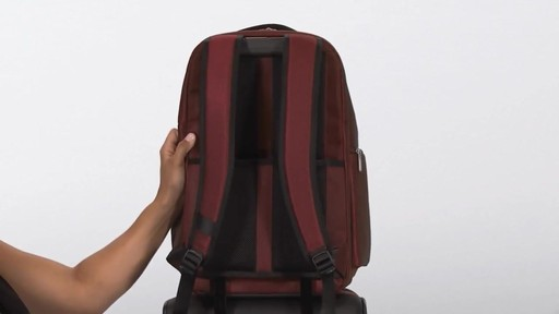 Briggs & Riley Transcend VX Cargo Laptop Backpack - image 6 from the video