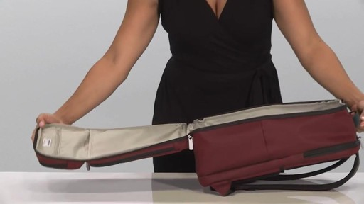 Briggs & Riley Transcend VX Cargo Laptop Backpack - image 8 from the video