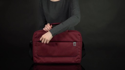 Tucano Loop Slim Laptop Brief - image 1 from the video