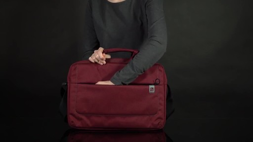 Tucano Loop Slim Laptop Brief - image 2 from the video