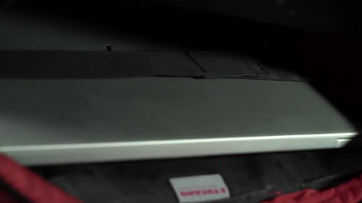 Tucano Loop Slim Laptop Brief - image 6 from the video
