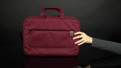 Tucano Loop Slim Laptop Brief - image 8 from the video