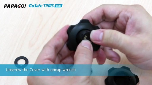 PAPAGO GoSafe TMPS 100 Wireless Tire Pressure Monitoring System with LED Color Display - image 4 from the video