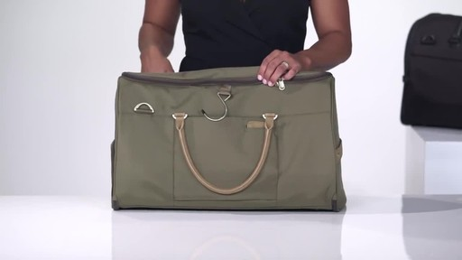 Briggs & Riley Baseline Suiter Duffle - image 5 from the video