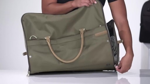 Briggs & Riley Baseline Suiter Duffle - image 6 from the video