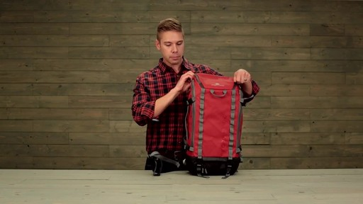 Eagle Creek Systems Go Duffel Pack - image 7 from the video