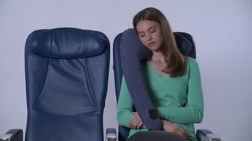 Travelrest Ultimate Travel Pillow - image 7 from the video