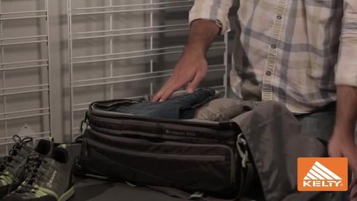 Kelty Bremen Duffel Bag Medium - image 6 from the video