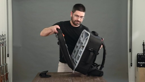 Lowepro Pro Runner RL x450 AW II Camera Case - image 3 from the video