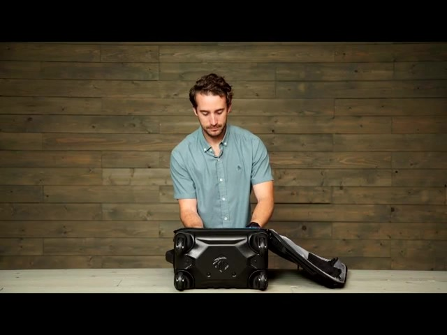 Eagle Creek Flyte AWD Spinner Collection - eBags.com - image 9 from the video