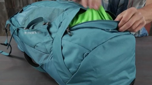 Osprey Farpoint Travel Laptop Backpack Series - image 6 from the video
